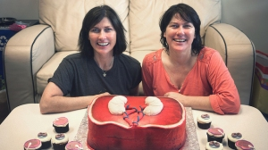 Kelley e Kim fizeram 50 anos em 2011